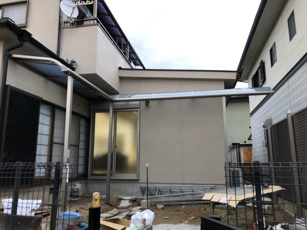 増築・軒屋根取り付け工事