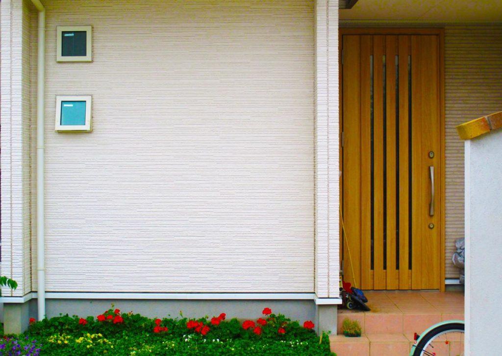 玄関ドア、玄関のリフォームについて